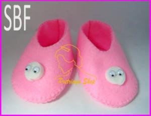 sepatu bayi dari flanel
